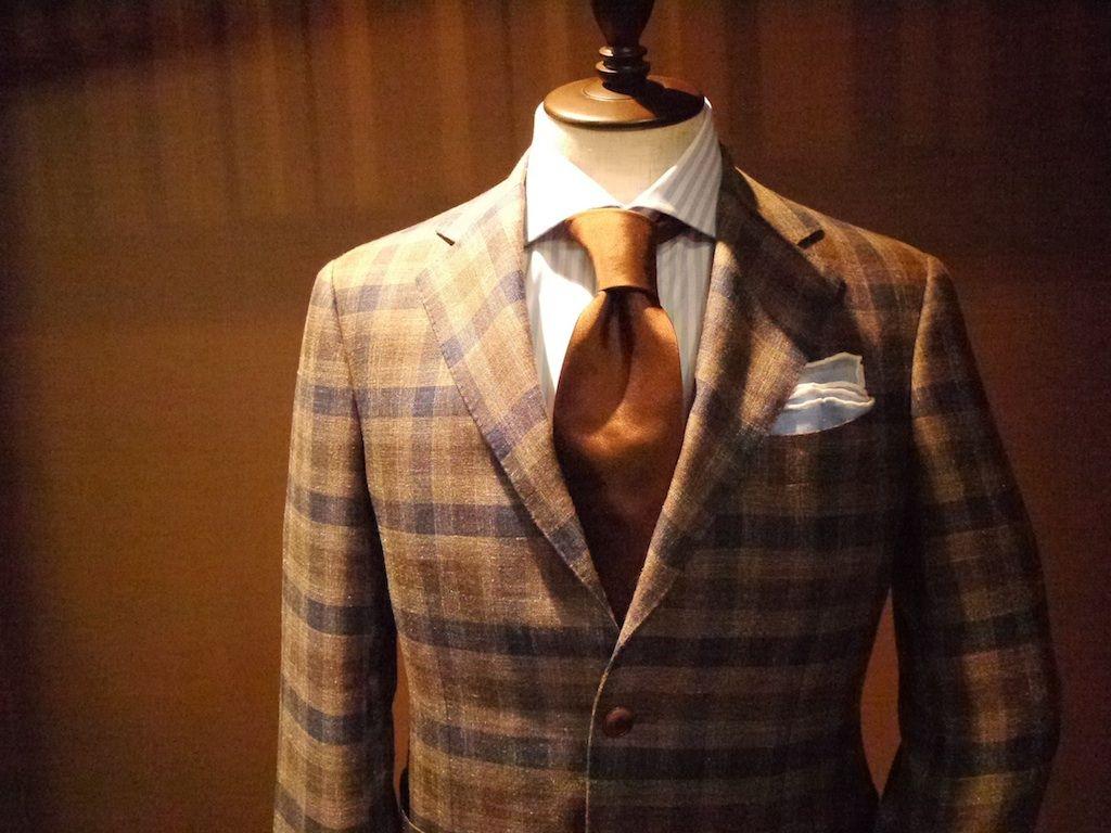 1c97d6af3323d 型にハマらず自分らしく!栄でオーダースーツを作れるお店